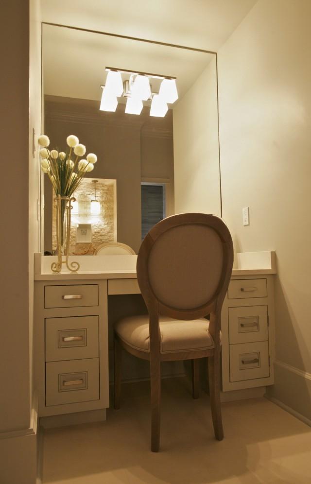 Modern Bathroom Makeup Vanity