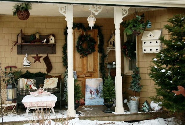 Rustic Christmas Porch Ideas