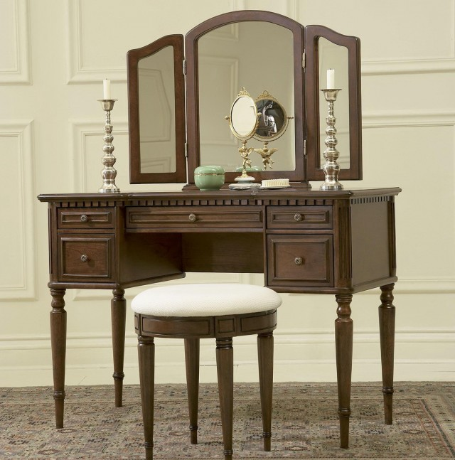Vanities For Bedrooms With Mirror