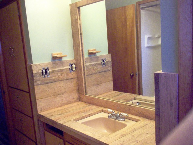 Bathroom Vanities Made From Pallets