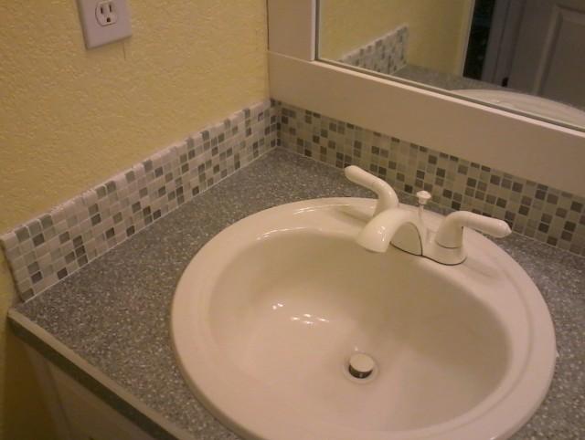 Bathroom Vanity Sink With Glass Tile