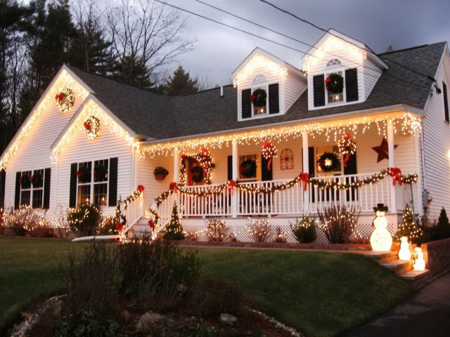 Christmas Decorating Ideas Outside Porch