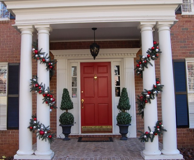 Christmas Decorations For Front Door Porch