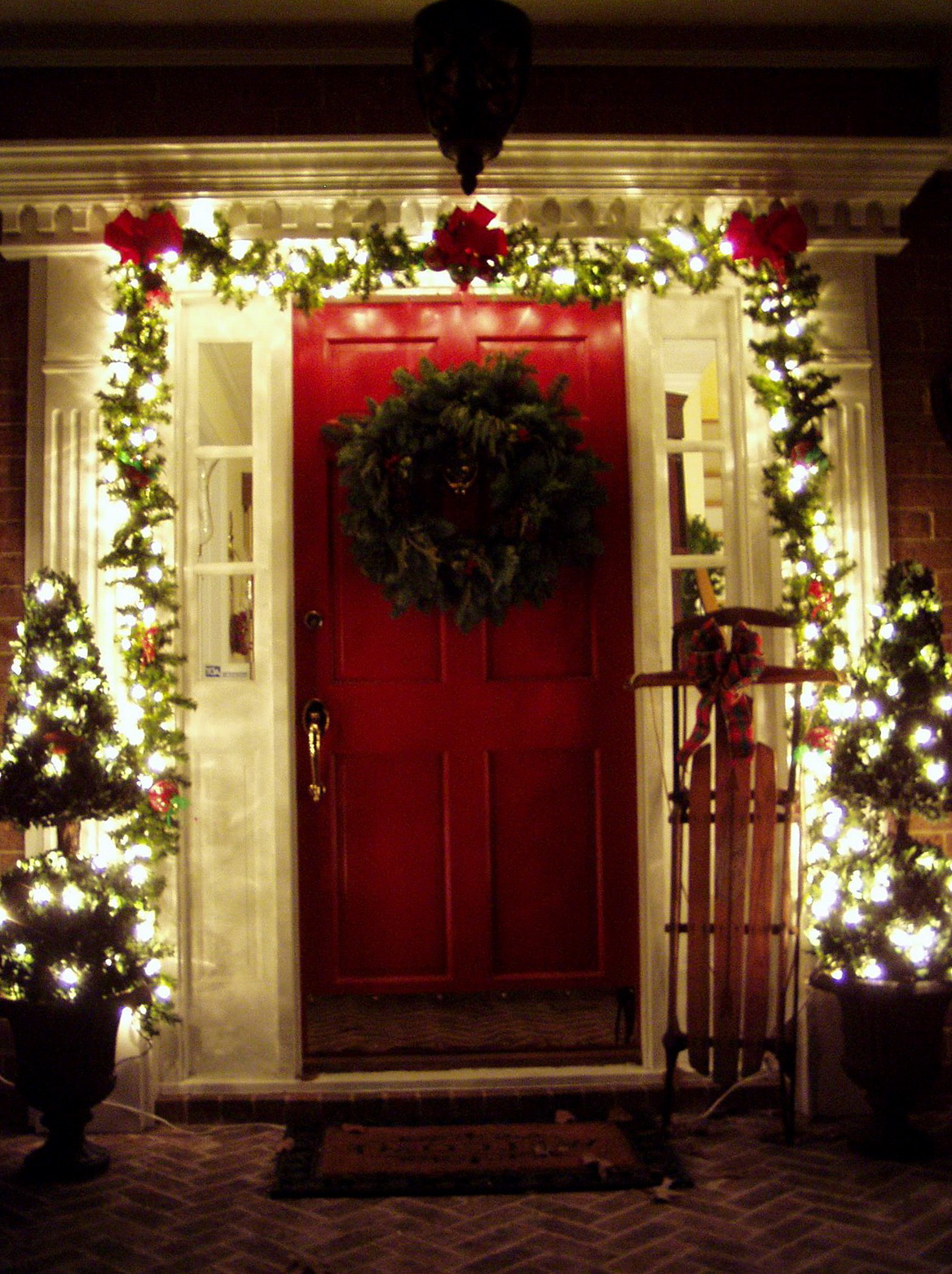 Christmas Decorations For Front Porch Pictures