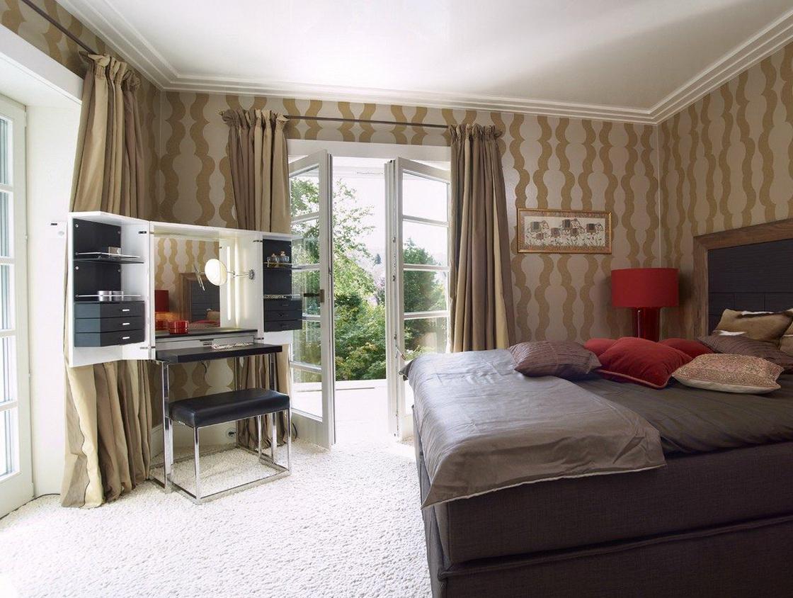 Corner Bedroom Vanity Table