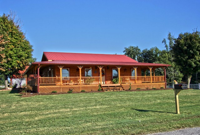 Country Ranch House With Porch