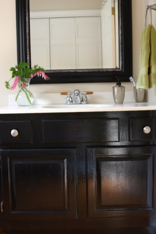How To Paint A Bathroom Vanity Black