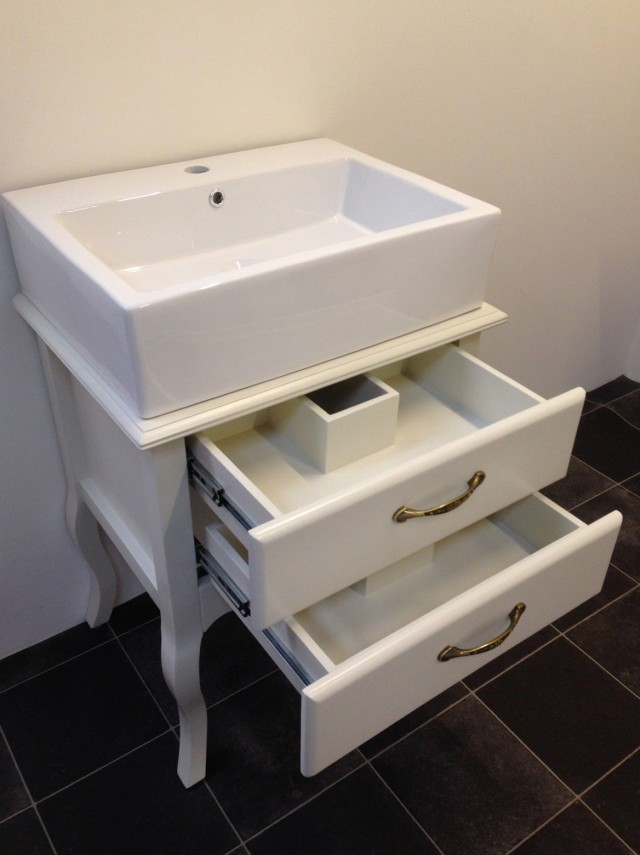 Shabby Chic Bathroom Vanity Unit