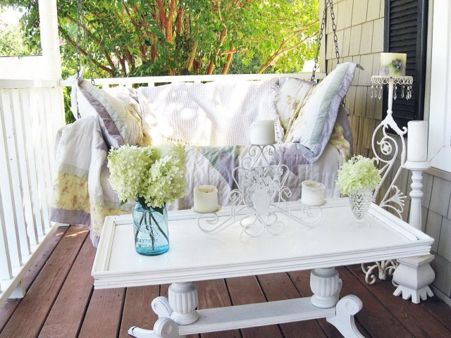 Shabby Chic Porch Decorating Ideas
