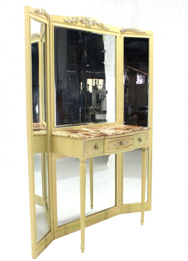 Tri Fold Mirror Vanity Set