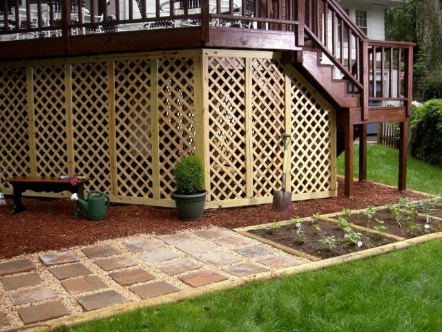 Under Porch Lattice Ideas