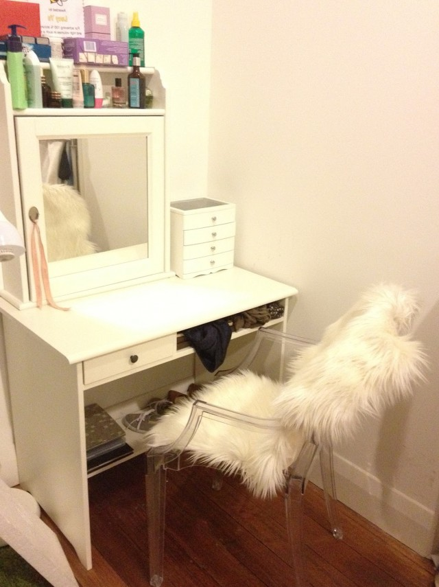 White Vanity Desk Ikea