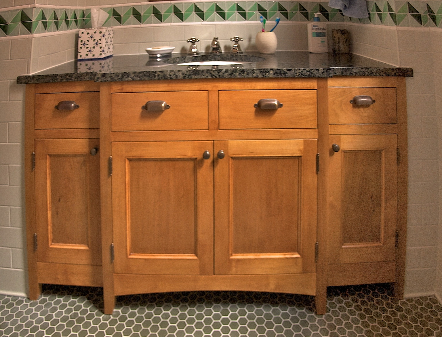 Wood Bathroom Vanity Units