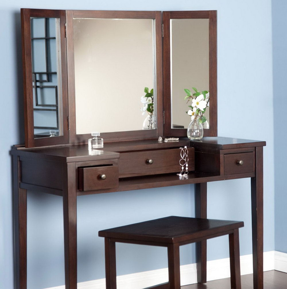 Modern Bedroom Vanity With Mirror