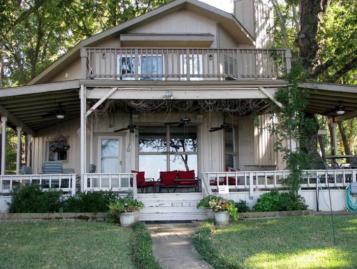 Permalink to Back Porch On The Lake Montgomery Tx