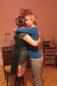 Susanne and Veronica hug