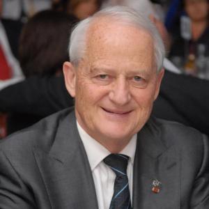 Philip Ruddock 康士比市议会市长