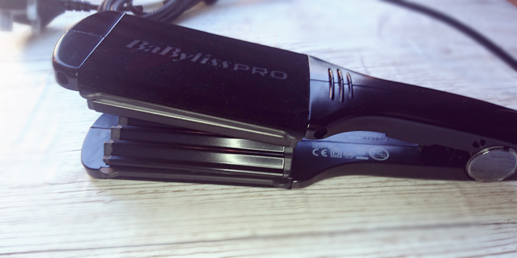 BaByliss PRO Crimping Iron - A Review