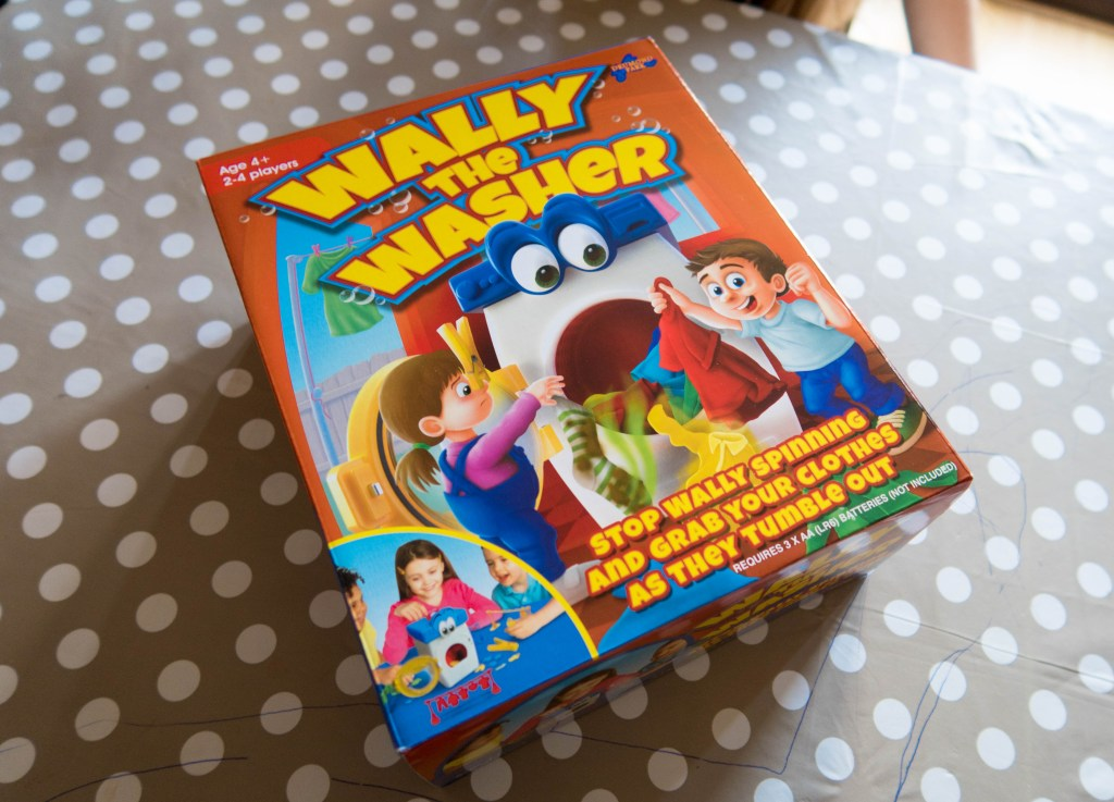 Wally the Washer table top game box