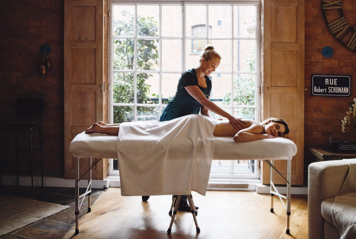 WIN a Couples Massage in London and Buckinghamshire with Neroli & Co.
