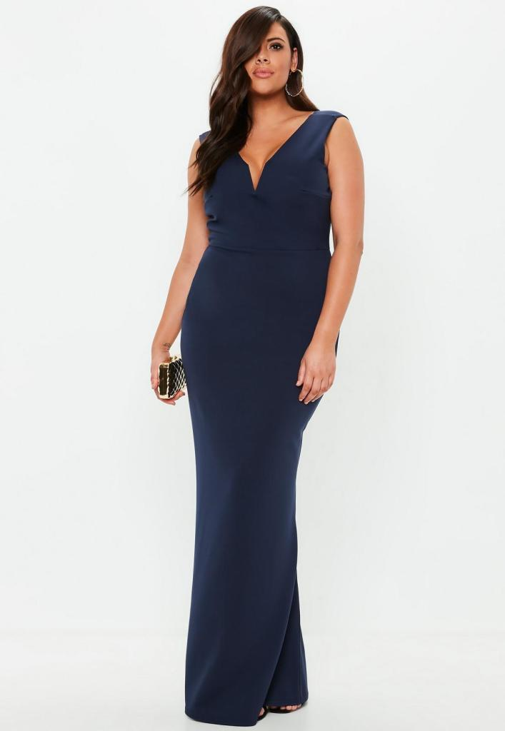 Plus size maxi dress in navy, plus size wedding guest outfits