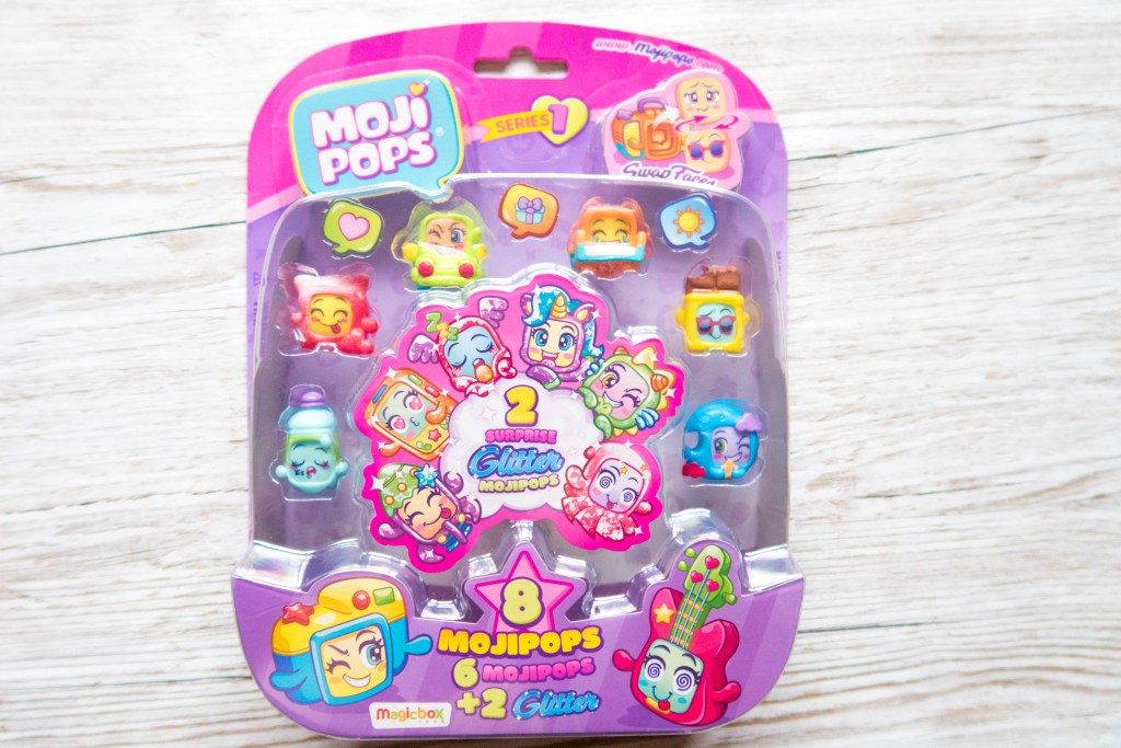 Moji Pops Glitter Surprise Play set in the packet