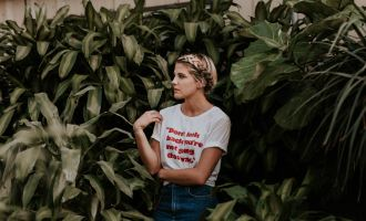 Dressing ideas for women to don different printed t-shirt looks