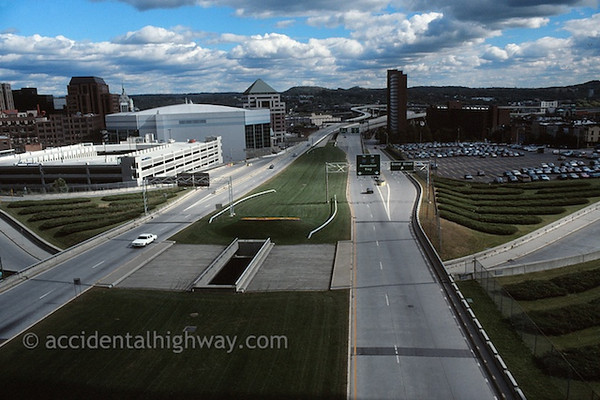 Road Through AlbanyAlbany, New York© jan albers | all rights reserved