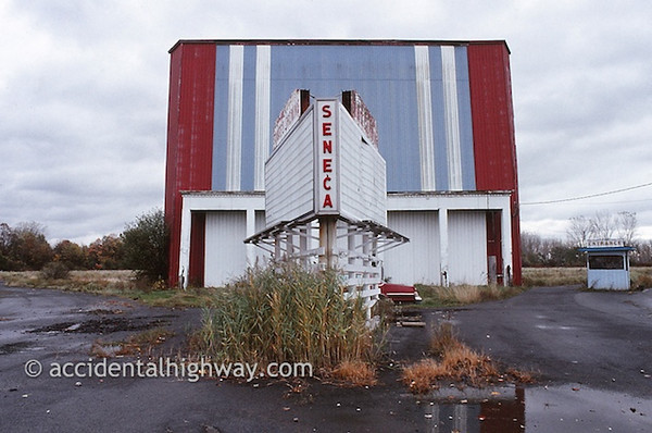 Seneca Drive-InSeneca, New York© jan albers | all rights reserved