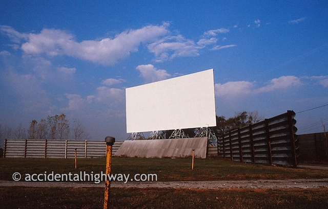 Drive-In, Drive OnWoodville, Ohio© jan albers | all rights reserved