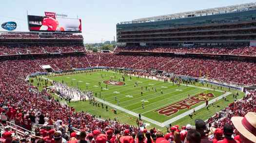 San-francisco-Broncos_vs_49ers_preseason_game_at_Levi's_Stadium-jim-bhan