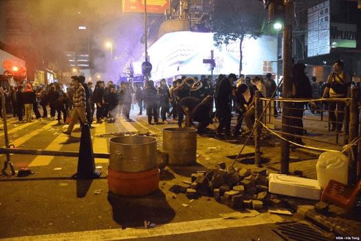 Hong_Kong_Fishball_Revolution_Road_Block_credit_iris_tong