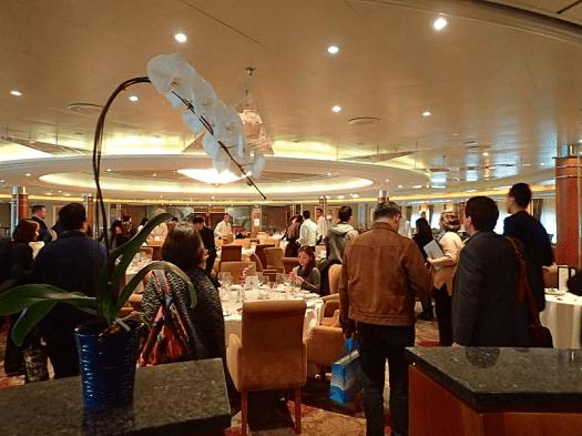 Image-of-Norwegian-Cruise-Line-dining-room