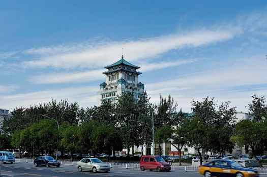China-Beijing-Chang'an-Avenue-Wikimedia-commons