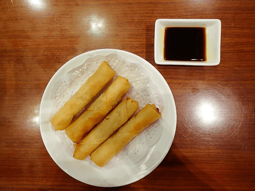 Image-of-spring-rolls-at-shanghainese-style-restaurant-in-hong-kong-credit-atwhk