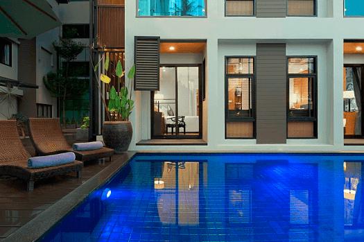 Image-of-swimming-pool-at-MANATHAI-Surin-Phuket-Thailand-hotel