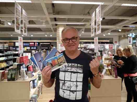 Sweden-stockholm-bookstore (9)
