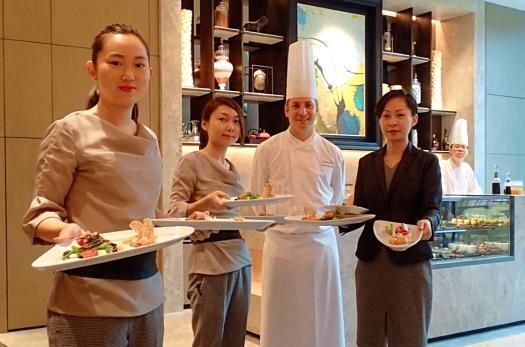 Hong-kong-restaurant-the-lounge-new-world-millenium-hotel (15)