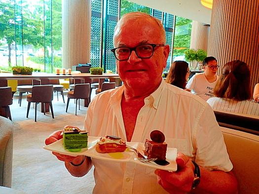 Hong-kong-restaurant-the-lounge-new-world-millenium-hotel (39)