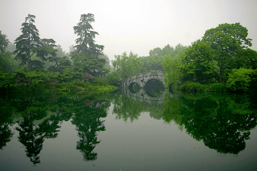 China_Hangzhou_West_Lake_Credit_Jakub_Halun