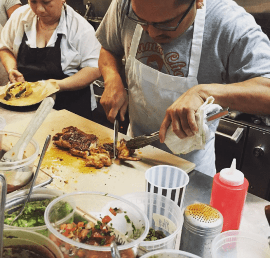 image-of-chefs-preparing-jMexican-food-at-nido-restaurant-and-bar-in-oakland-california