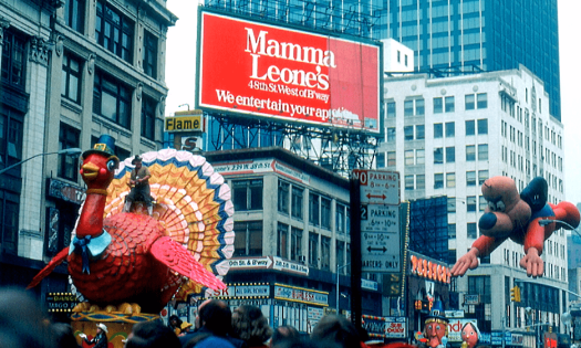 image-of-new-york-Macys-thanksgiving-parade-credit-jon-harder