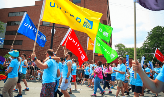 Aviation-lgbt-Chicago+Pride+2015+United-Airlines