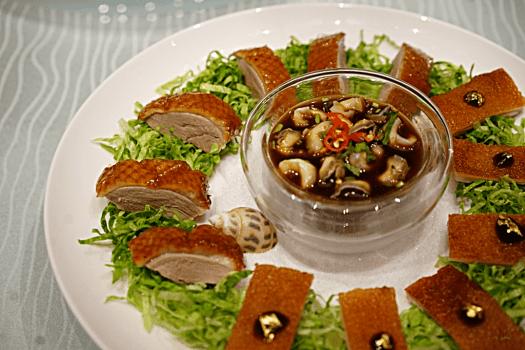 Dynasty 8- 2017 CNY menu_Appetizer Combination Platter_1MB