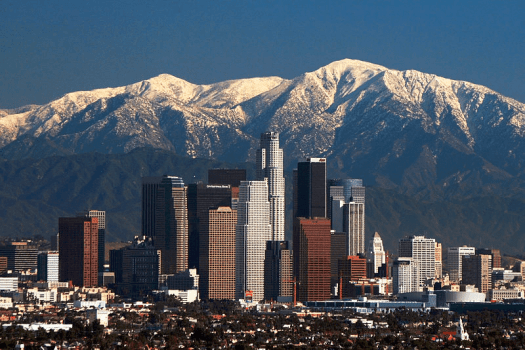 Usa-los-angeles-with-mountains
