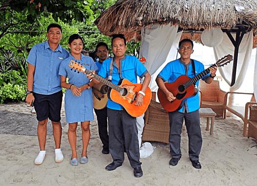 PHILIPPINE-PALAWAN-CLUB-PARADISE-MUSICIANS