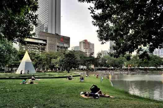 image-of-queens-park-bangkok-thailand