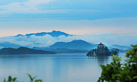 China-hotel-Wanfo-Lake-anhui-province-dusit-thani