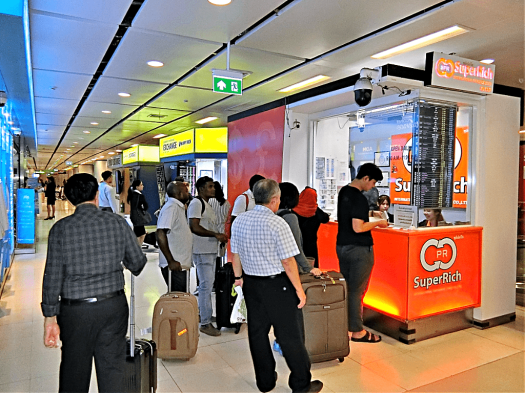 bangkok-international-airport-foreign-exchange-counters-credit-www.accidentaltravelwriter.net