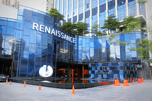 Renaissance-Bangkok-Ratchaprasong-entrance-credit-www.accidentaltravelwriter.net